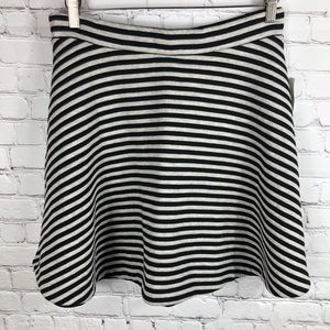 Gap 🆕 Striped Skater Skirt Black and Grey Large